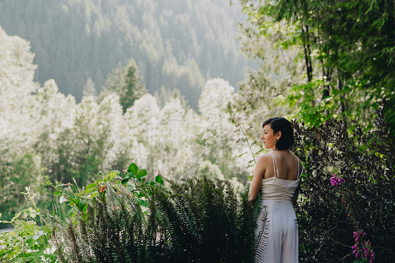 skyomish-river-elopement-photos-kristawelch-0051.jpg