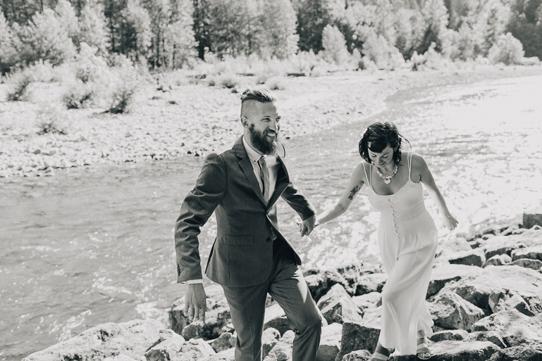 skyomish-river-elopement-photos-kristawelch-0064.jpg