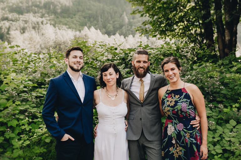 skyomish-river-elopement-photos-kristawelch-0066.jpg