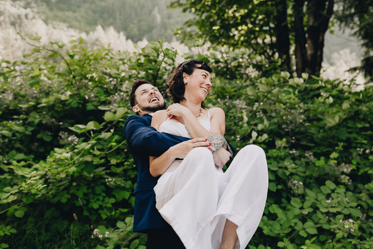 skyomish-river-elopement-photos-kristawelch-0067.jpg