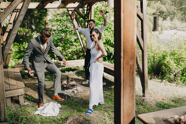 skyomish-river-elopement-photos-kristawelch-0076.jpg