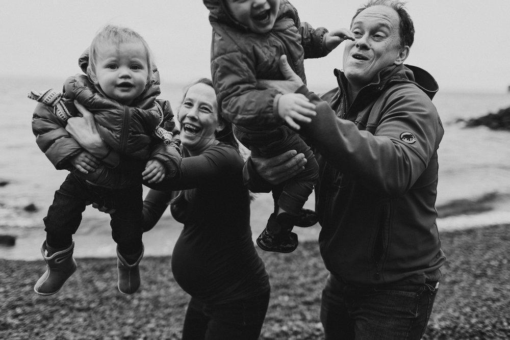 fun family photos seattle-kristawelchcreative-0014.jpg
