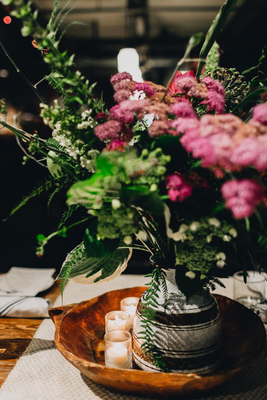 WeddingNetworkUSASeattle-CapitolCider-KristaWelch-0006.jpg