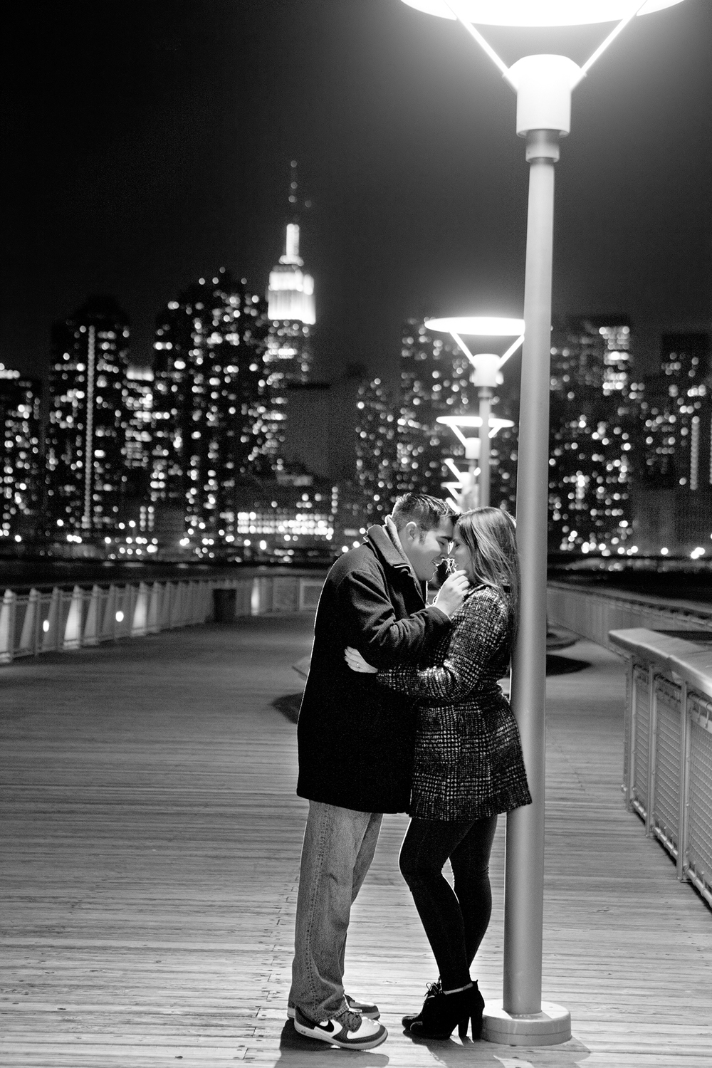 LaceHanky_EngagementPhotography_001.jpg