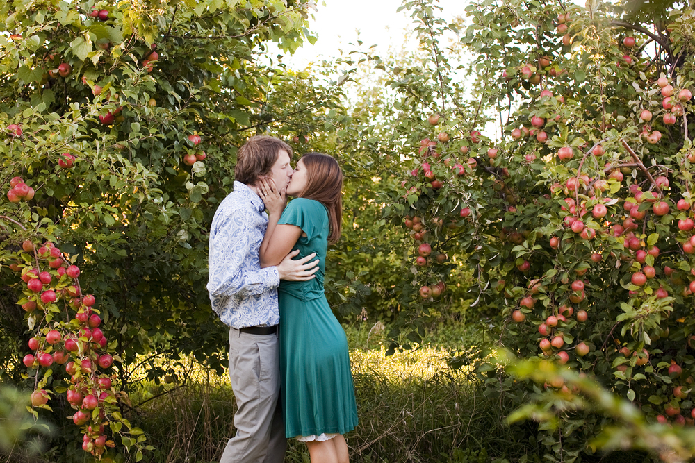 LaceHanky_EngagementPhotography_050.jpg
