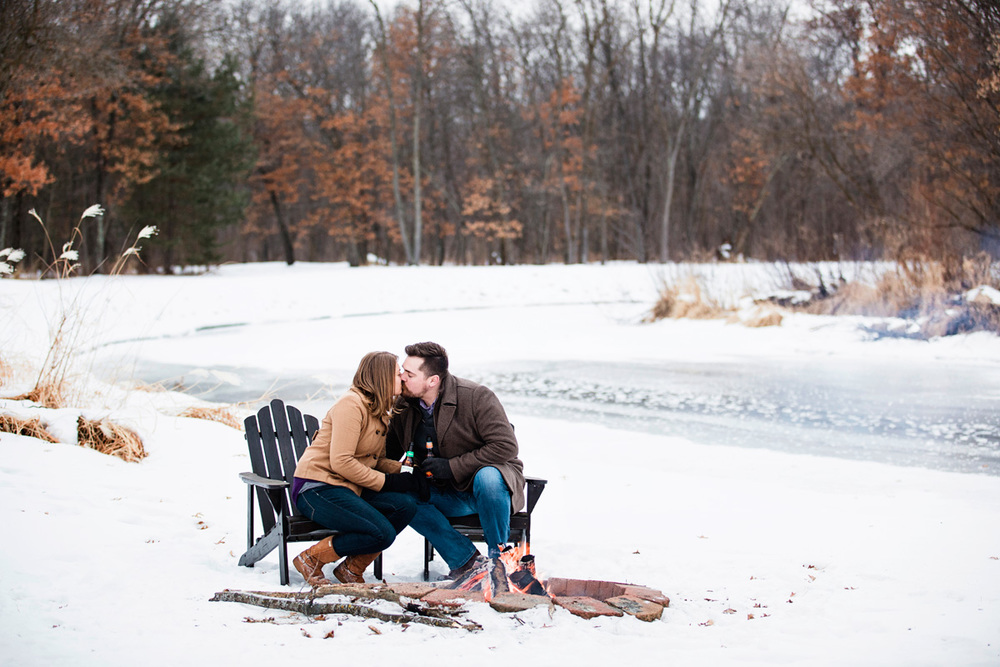 LaceHanky_Wisconsin_Engagement_006.jpg