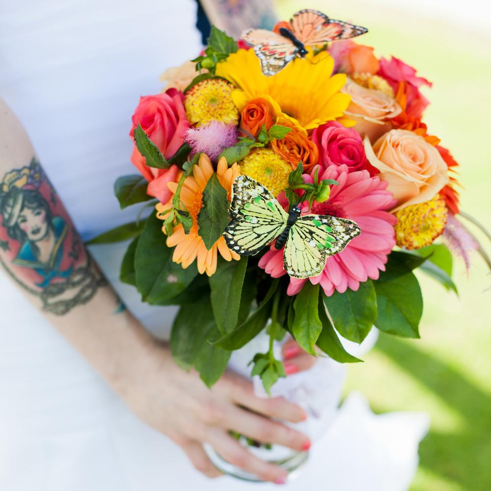 LaceHanky_Flowers_TBT025.jpg