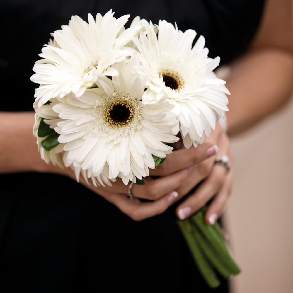 LaceHanky_Flowers_TBT035.jpg