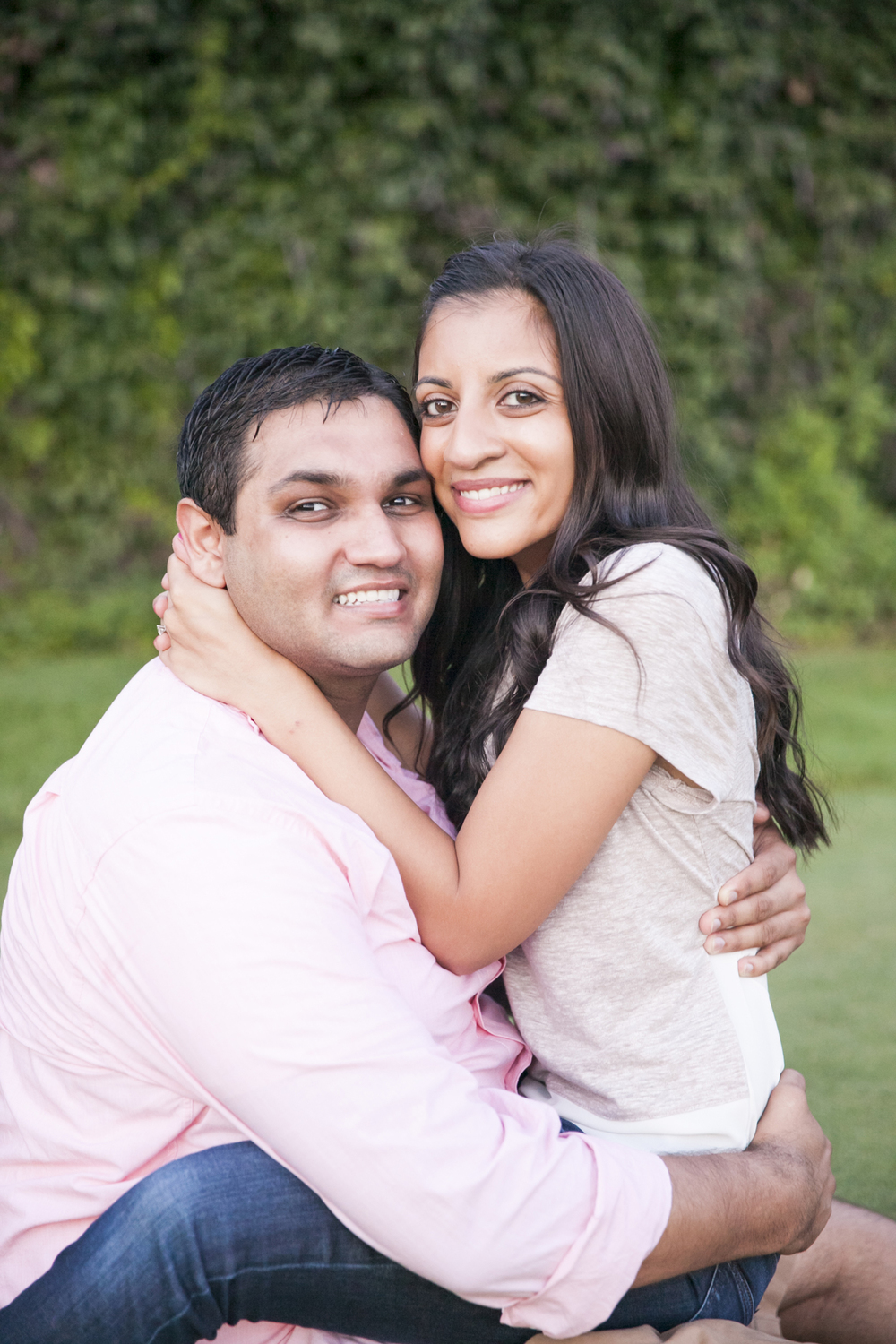 centennial_lake_edina_engagement_13.jpg