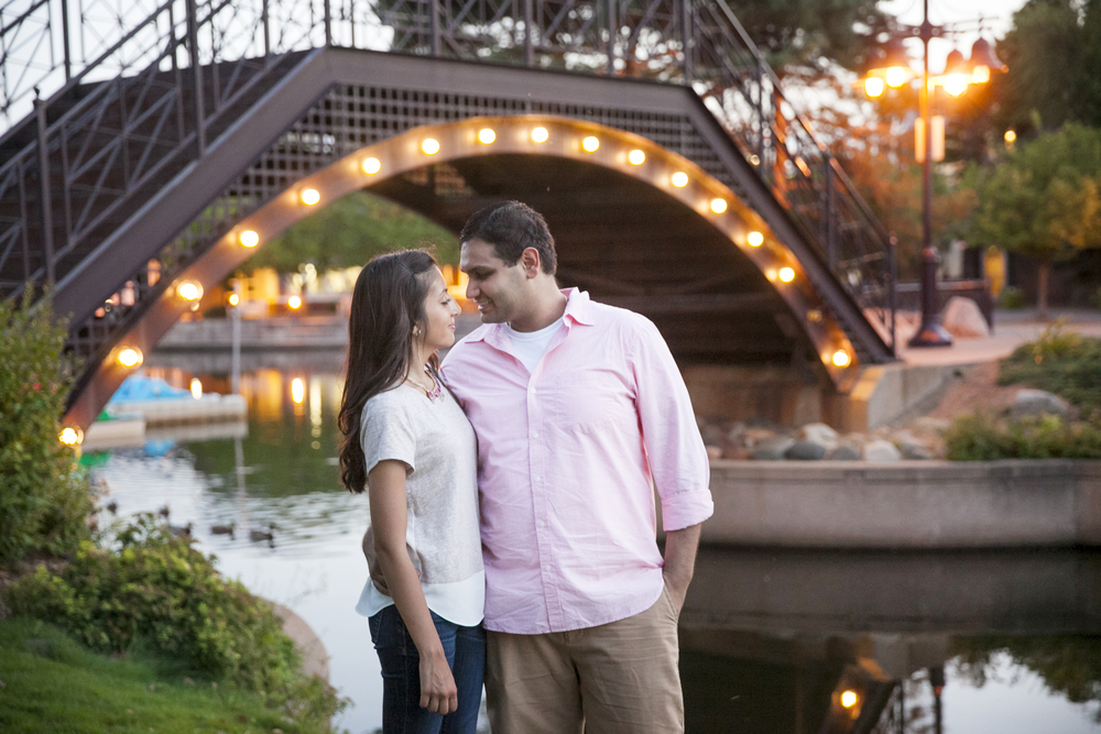 centennial_lake_edina_engagement_24.jpg