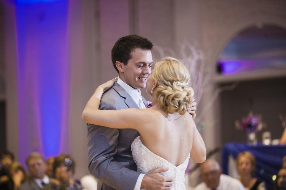 043_LH_MN_Wedding.jpg
