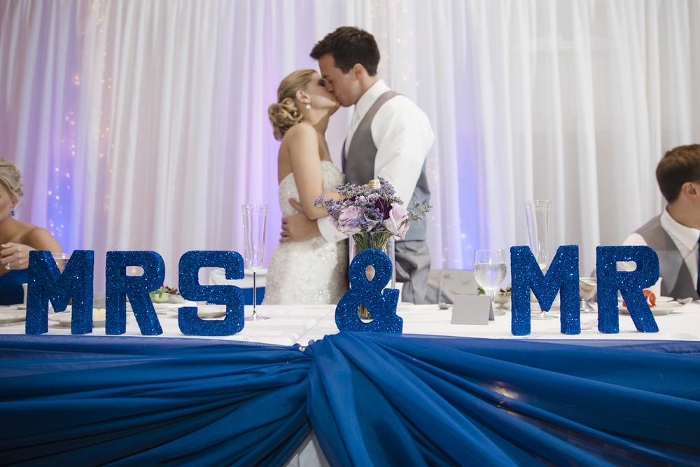 048_LH_MN_Wedding.jpg