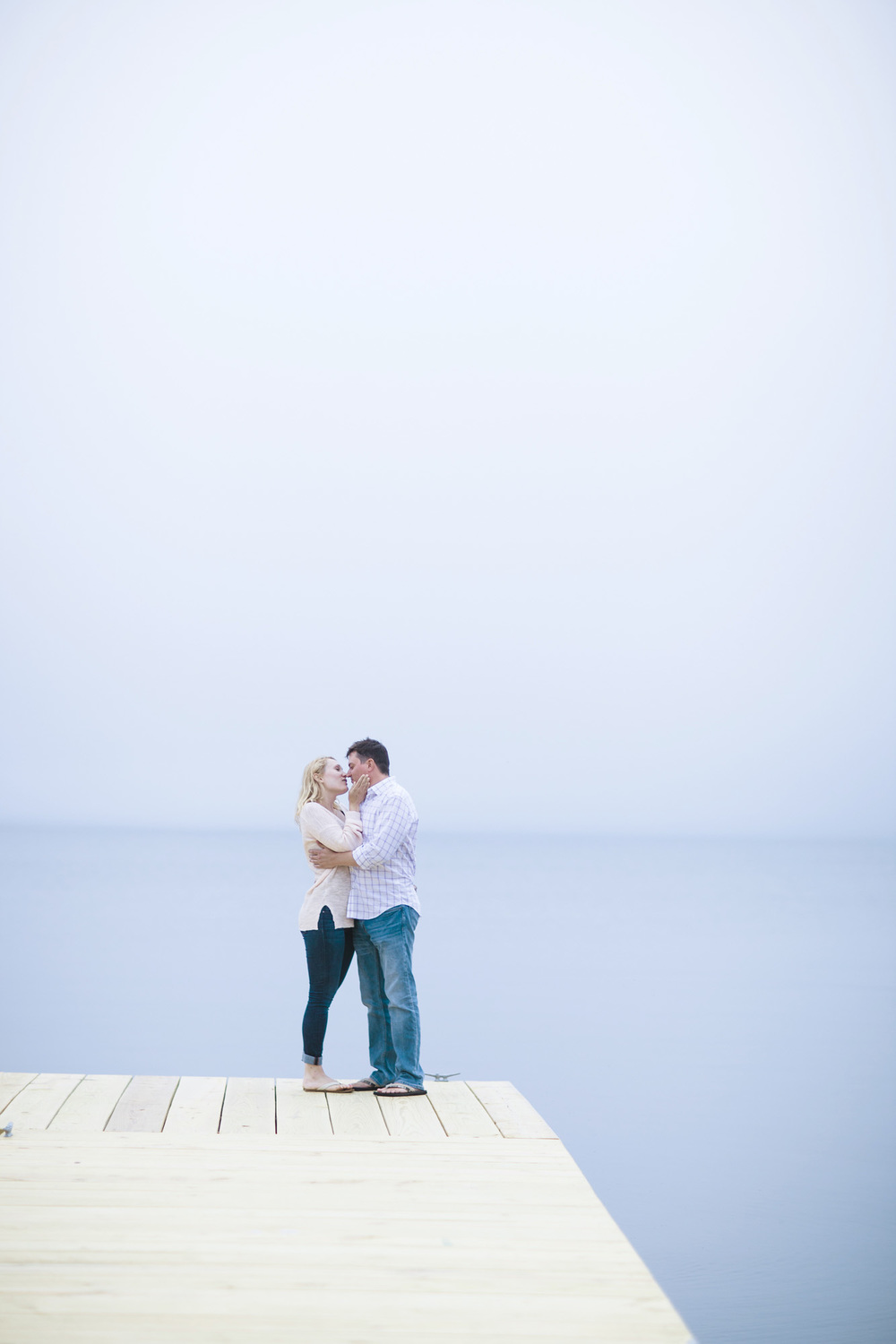 Beach_Sailboat_Engagement_001.jpg