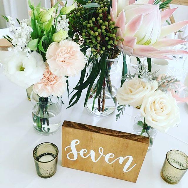 Regram from @roseandribbon 😍😍😍 Florals: @roseandribbon Styljng: @sophiamonique_events
