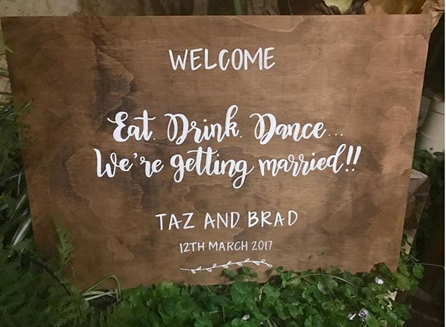 EAT | DRINK | DANCE ⠀ ⠀ ⠀ #chalknco #chalkart #weddingsign #sign #signwriter #welcome #welcomesign #perthweddings #weddinginspo #Love #married #wedding#chalkart #perth