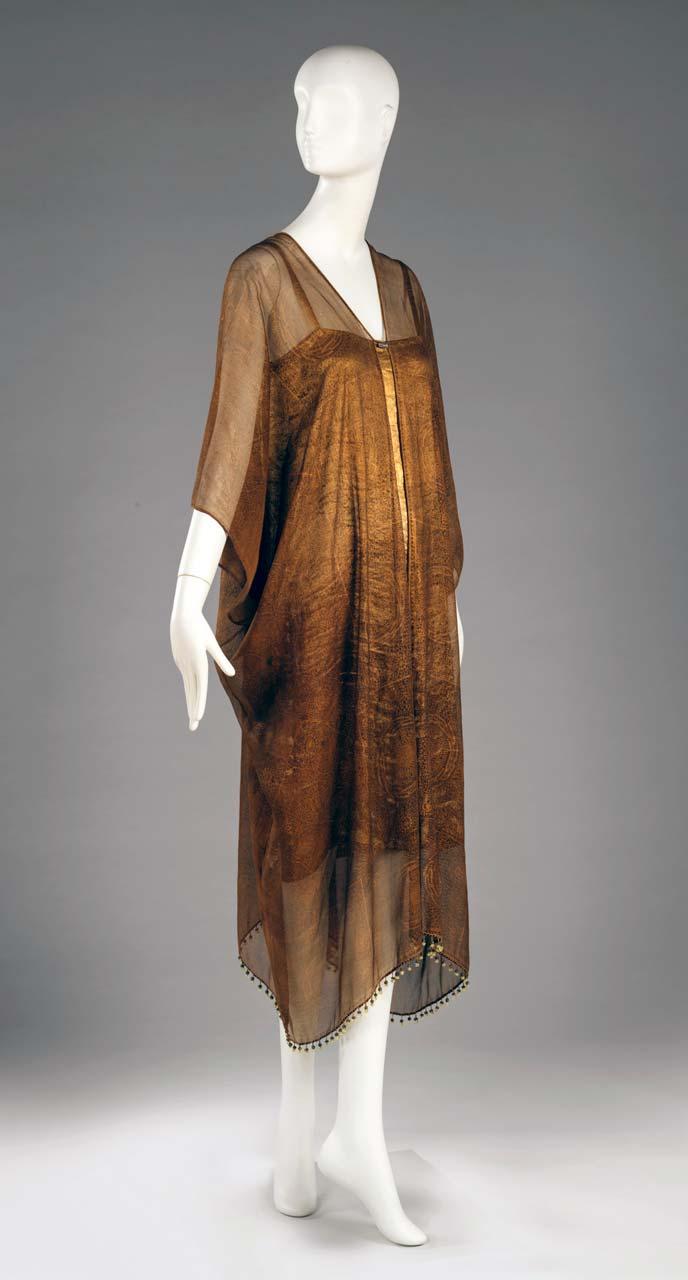 News381_RISD_Museum-Golden_Glamour4.jpg