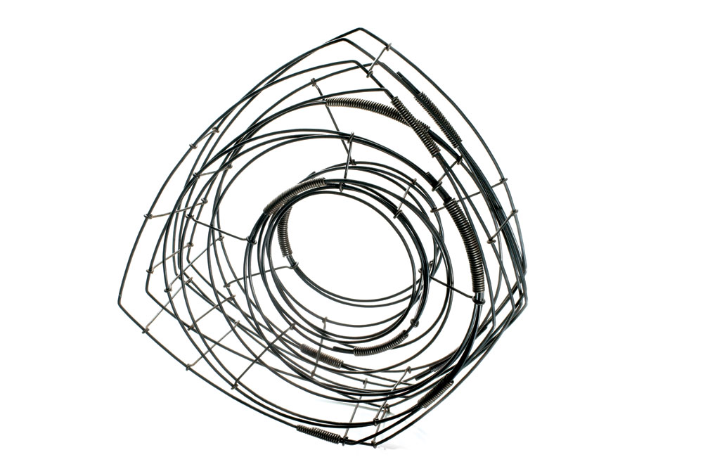 WIRE BRACELET #88 of steel, 15.24 x 17.78 x 7.62 centimeters, 2008.
