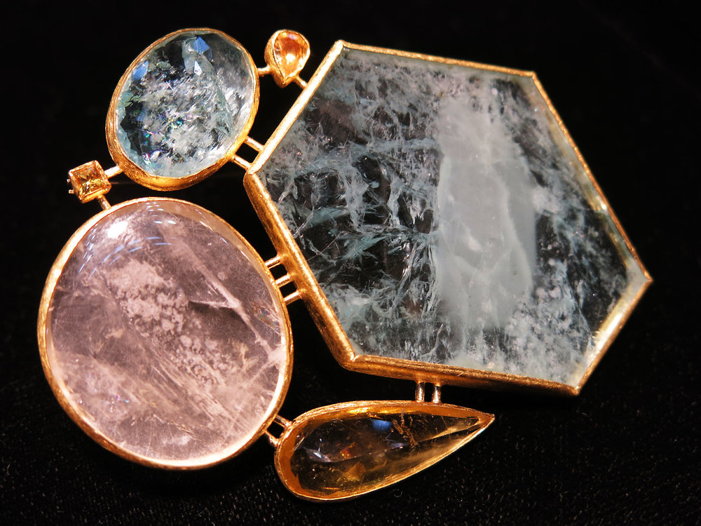 Petra Class  has made a beautiful new brooch with an impressively large sheet of raw aquamarine.