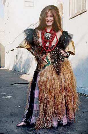 Counter-Couture_Performance-99-Fayette-Grass-Skirt.jpg