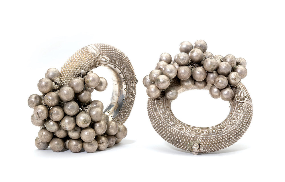 ANKLETS  (kalla)  of silver, 13.3 centimeters diameter, Rajasthan, nineteenth century.
