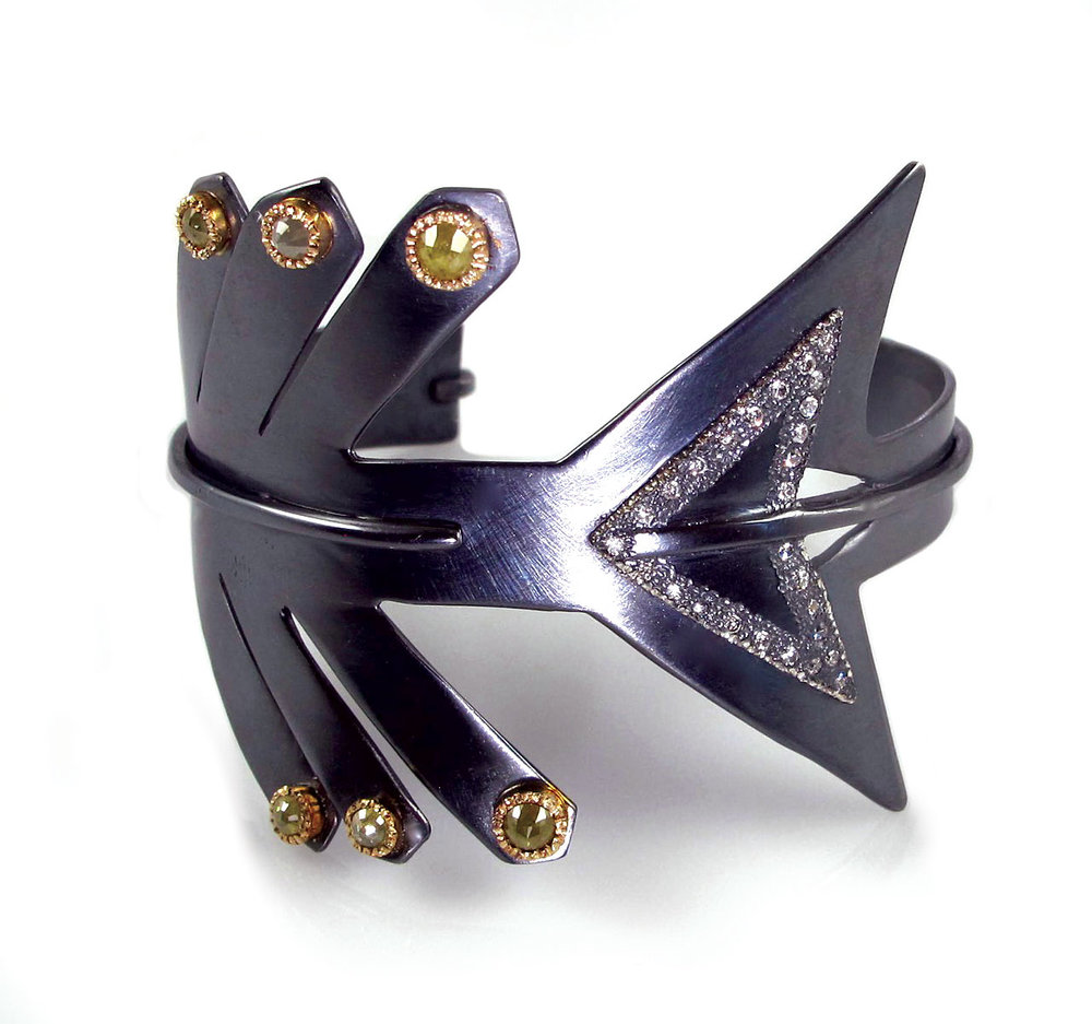 ARROW CUFF of oxidized sterling silver, eighteen karat yellow gold, rose-cut colored diamonds, brilliant-cut white diamonds, 5.1 x 4.4 x 5.1 centimeters, 2015.
