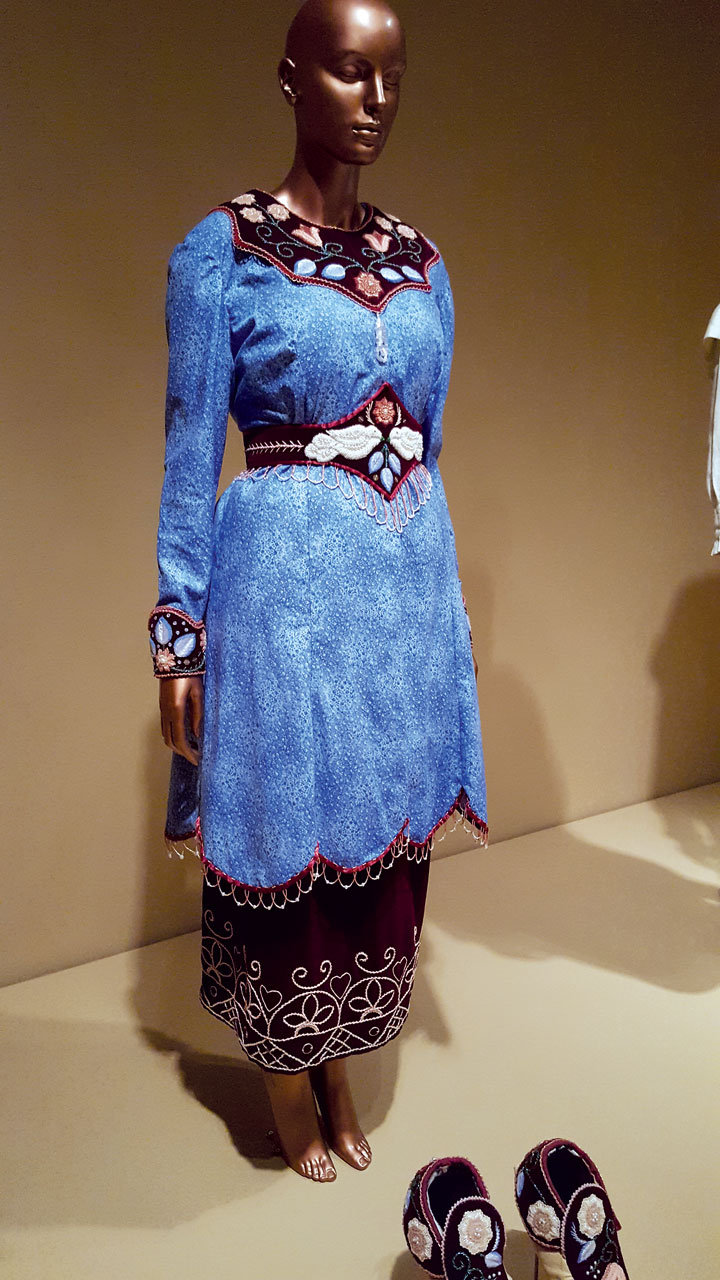 EMMA ENSEMBLE by Niio Perkins (Akwesasne Mohawk) of cotton, velvet, glass beads, and metal pins, 2010.  Photograph by Ornament.