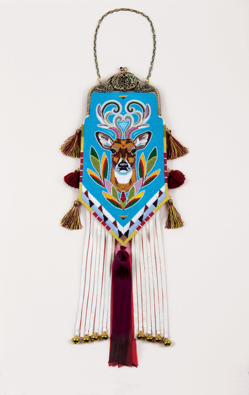 BAG DEPICTING A WHITE-TAILED DEER by Sandra Okuma (Luiseño/Shoshone-Bannock), 2011.  Private collection.