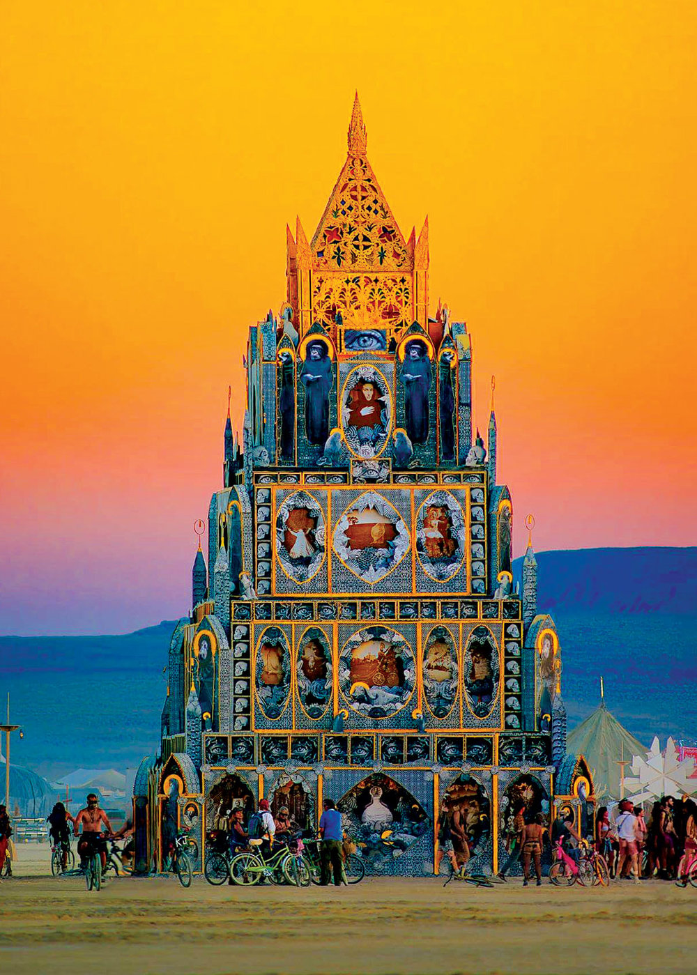 TOTEM OF CONFESSIONS   by Michael Garlington and Natalia Bertotti at Burning Man, 2015.  Photograph by Michael Holden, courtesy of the Renwick Gallery.