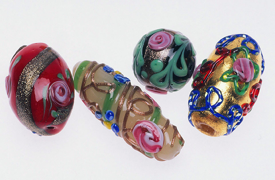 Prisstine fancy Venetian lampworked beads with floral Arabesque decoration, including aventurine, probably made for the European market. RKL