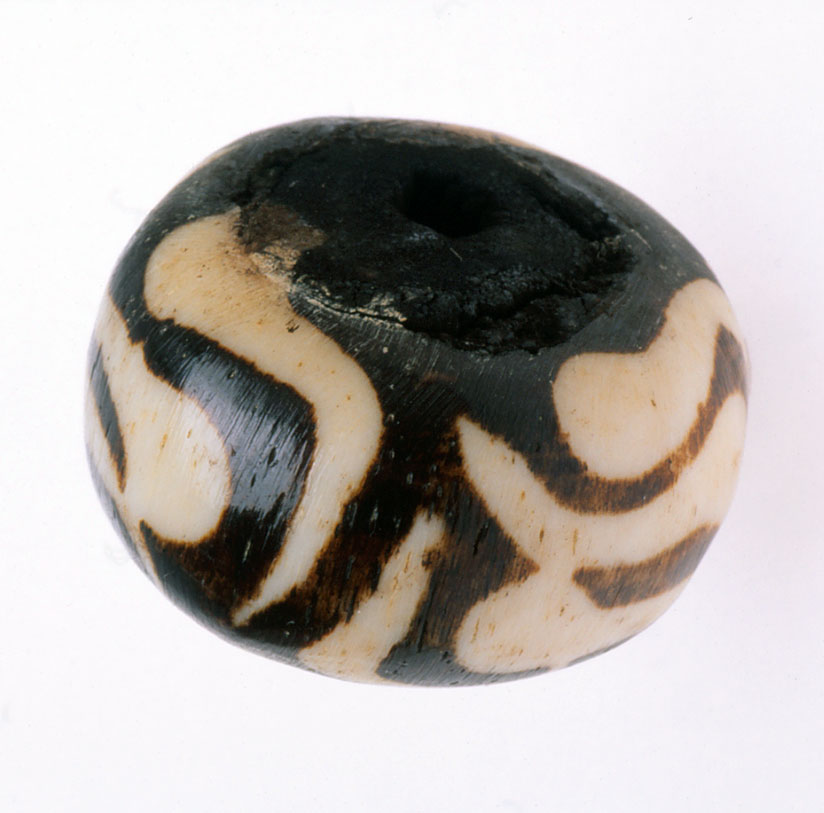 Large East African batik bone bead. RKL