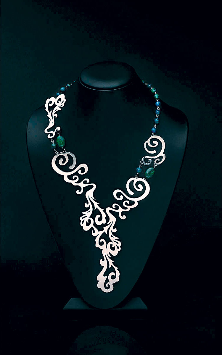 FIRST PLACE EMERGING JEWELRY ARTIST 18 YEARS OF AGE OR YOUNGER.   Peyton Rogers, USA, Waterfall necklace of nickel silver and synthetic beads.