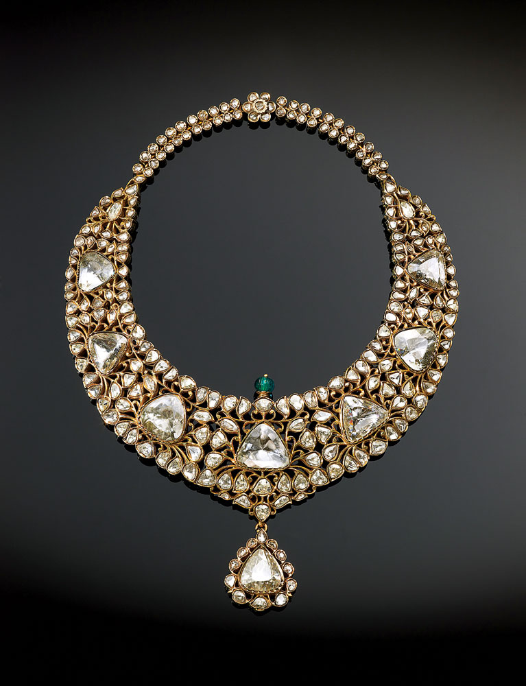 News405_Al-Thani_Necklace-of-Nizam-de-Hyderbad2.jpg