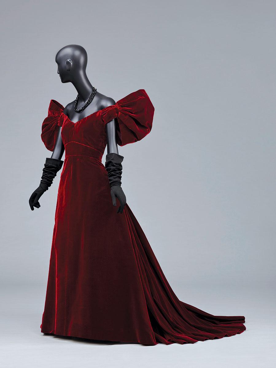 News405_IMAGE-7---Designed-by-Adrian-Woman's-Evening-Dress-1947-Silk-velvet.jpg