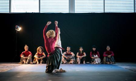 Sima-Dance-Company-at-Quoz-Arts-Festival-Dubai-2016.-Photography-Fadi-Gwany.-
