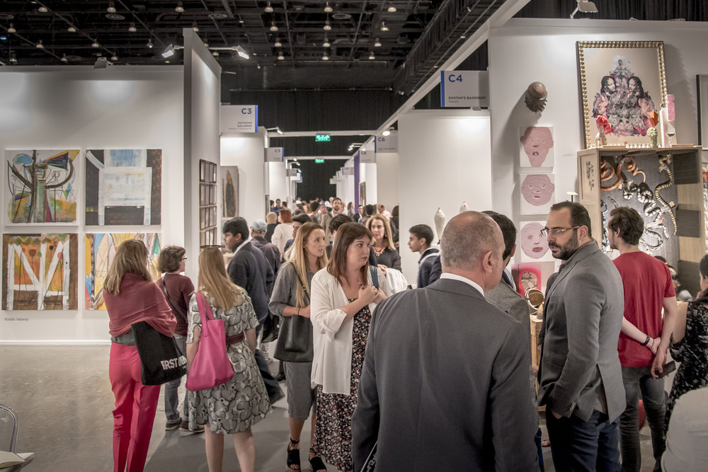 Art Dubai Contemporary_Crowd shots_Art Dubai 2017_Courtesy of Photo Solutions.jpg
