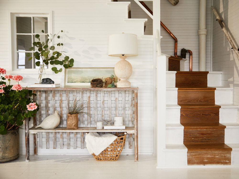 Interior Design - A full home revamp >staging a home for sale >a full kitchen remodel > or even picking out the right paint color. Our Moore House Design Team is there to help you plan out your style.We construct a design plan completely to your design needs. Through email, in person, or Skype, we will help you in creating your dream space.