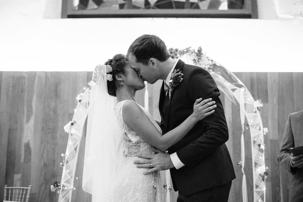 singapore-wedding-photographer-hiram-joyce-050.jpg