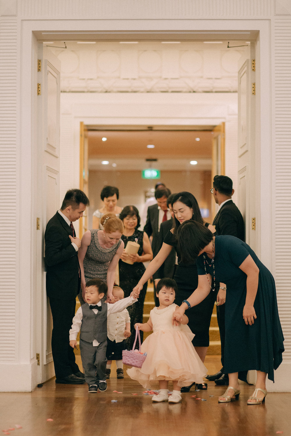singapore-wedding-photographer-cheryl-matthew-fullerton-hotel-wedding-54.jpg