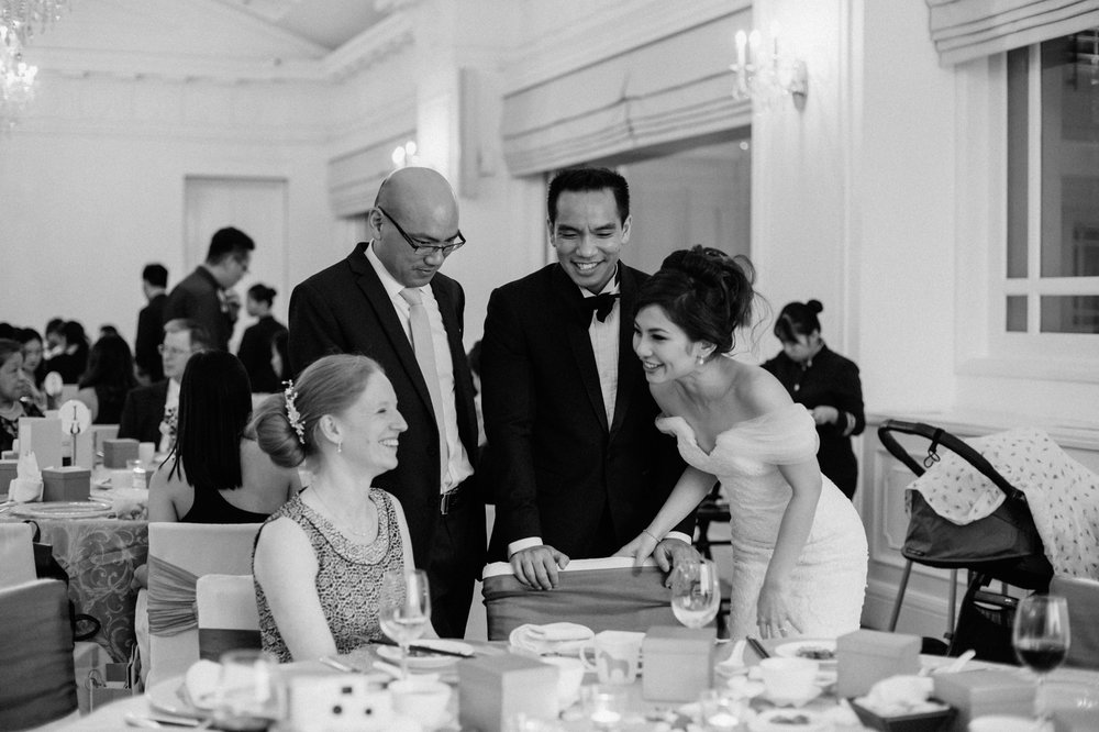 singapore-wedding-photographer-cheryl-matthew-fullerton-hotel-wedding-73.jpg