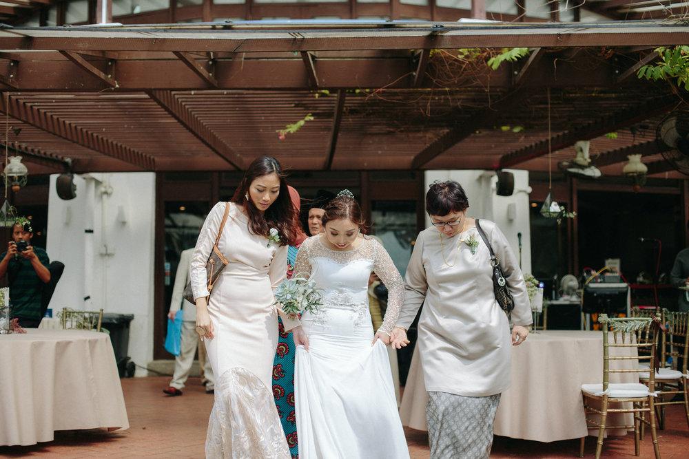 singapore-wedding-photographer-dinah-sam-wemadethese-12.jpg