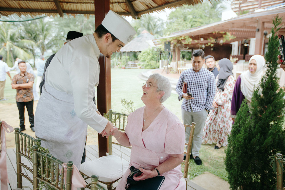 singapore-wedding-photographer-dinah-sam-wemadethese-16.jpg