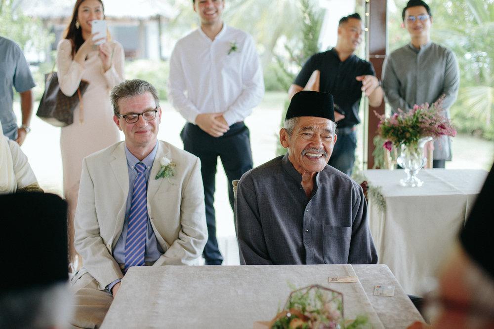 singapore-wedding-photographer-dinah-sam-wemadethese-19.jpg