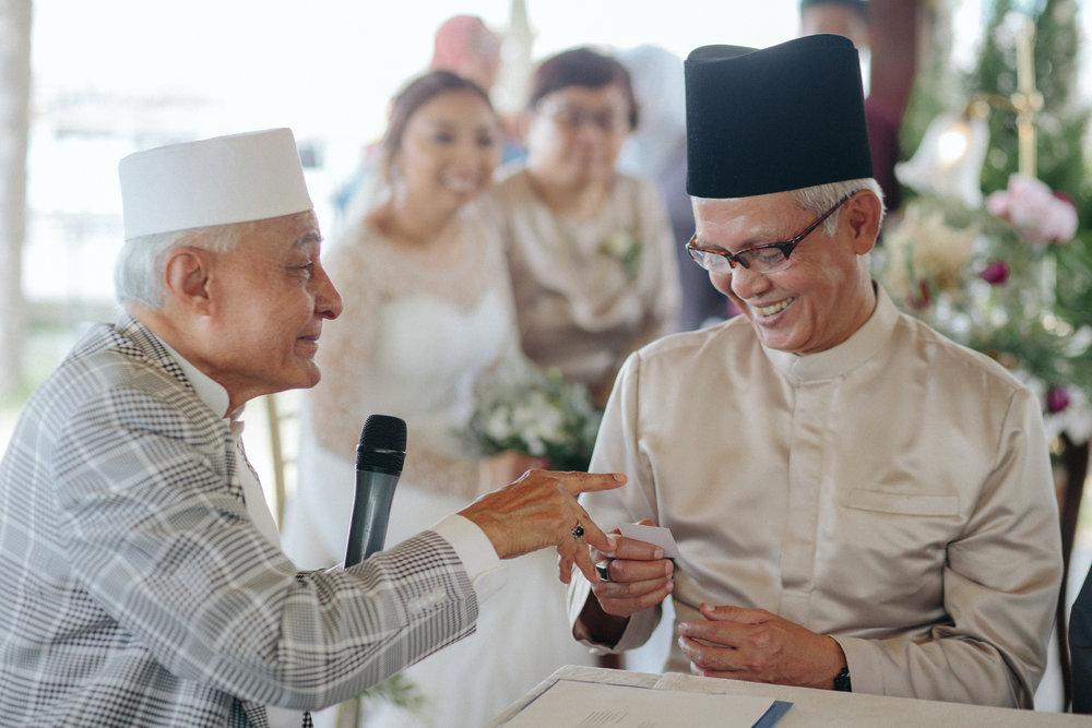 singapore-wedding-photographer-dinah-sam-wemadethese-25.jpg