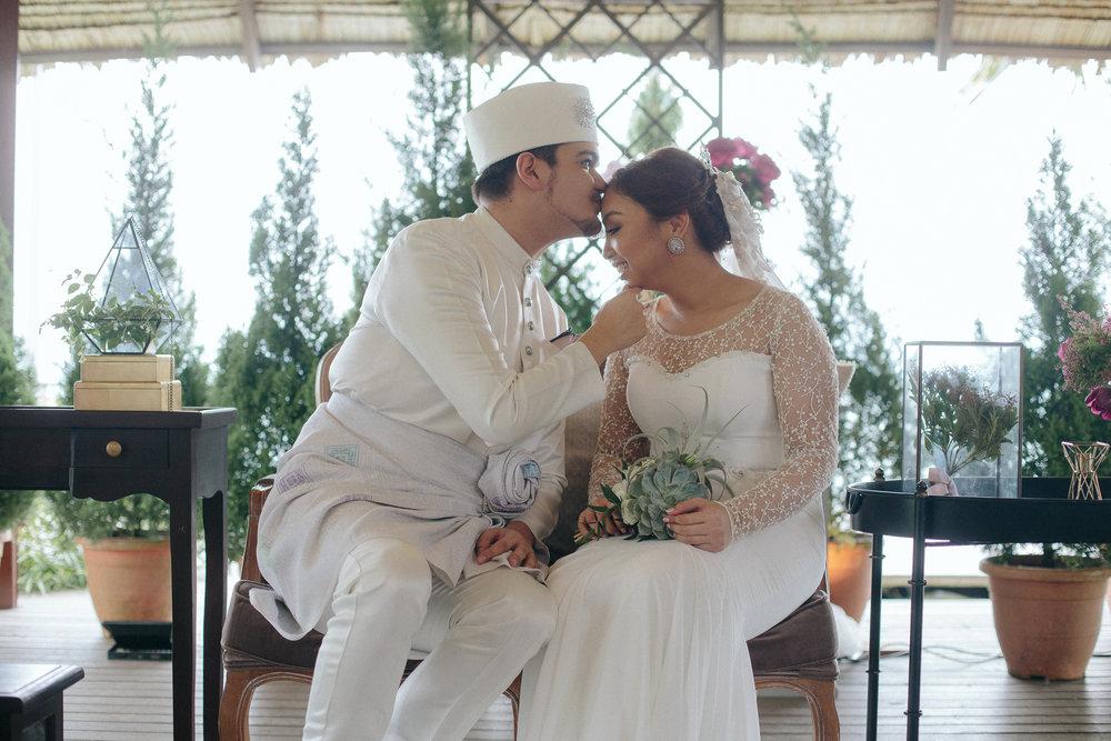 singapore-wedding-photographer-dinah-sam-wemadethese-28.jpg