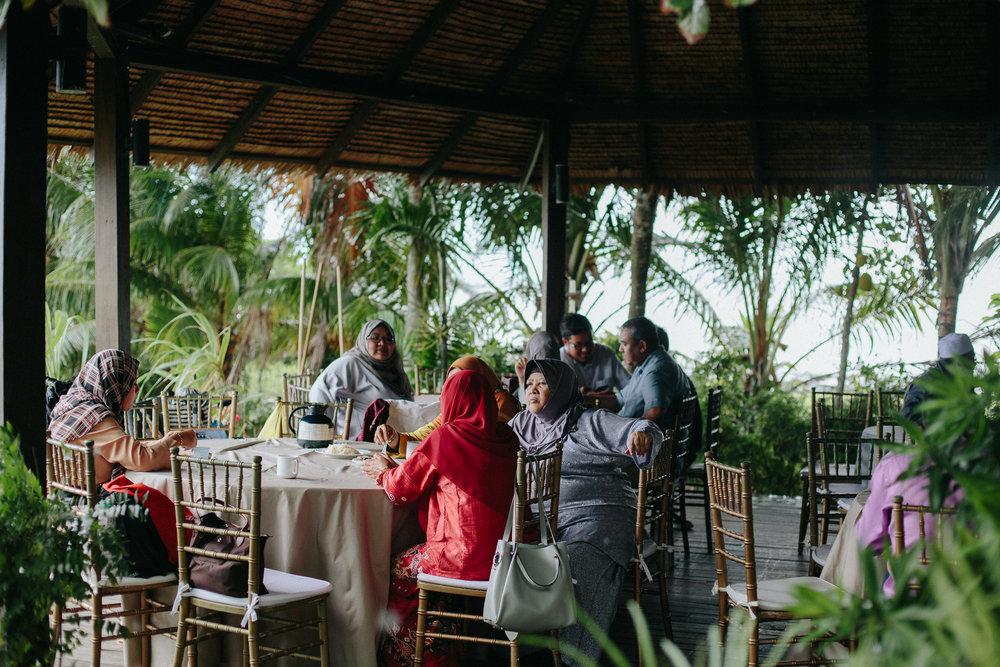 singapore-wedding-photographer-dinah-sam-wemadethese-40.jpg
