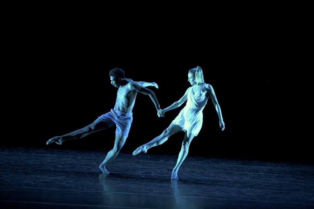 178112_november_dance296.jpg