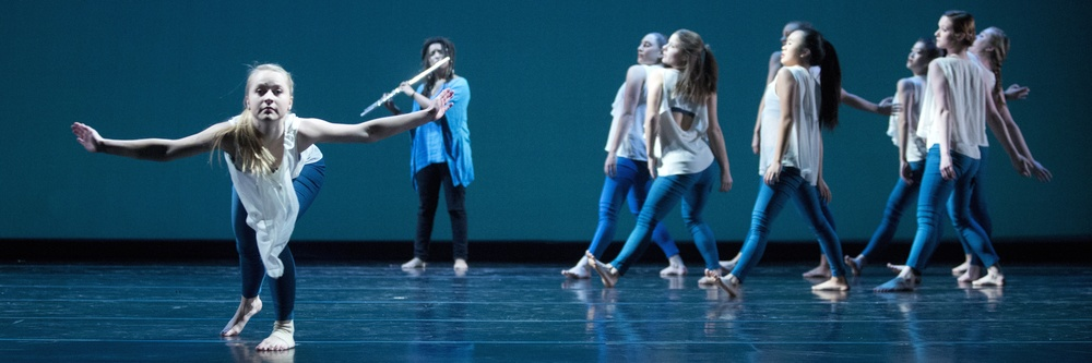 168414_november_dance110.jpg