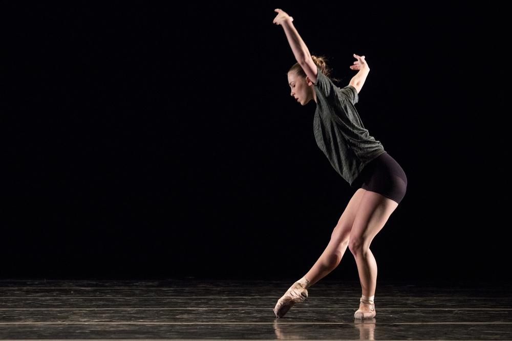 168414_november_dance046.jpg