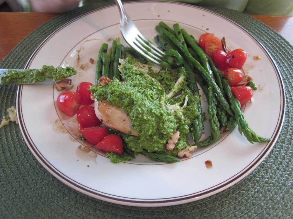 Baby Spinach & Pecan Pesto Chicken