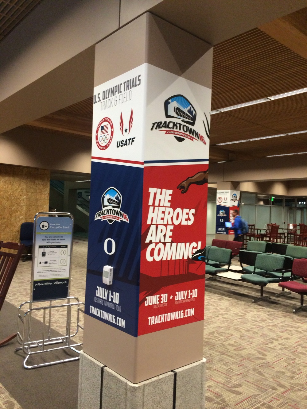 Warm welcome at the Eugene Airport